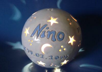Gedenklampe an ein Sternenkind - 20 cm mit drei zusätzlichen Daten mit Größe-Gewicht-Uhrzeit