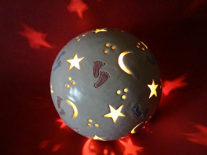 Leuchte mit Gravur für ein Sternenkind